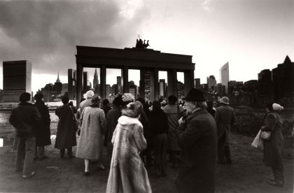 New York is Berlin, 1985, The Gate